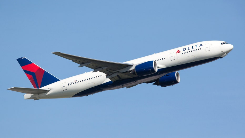 Woman gives birth mid-flight en route to Hawaii, according to viral TikTok