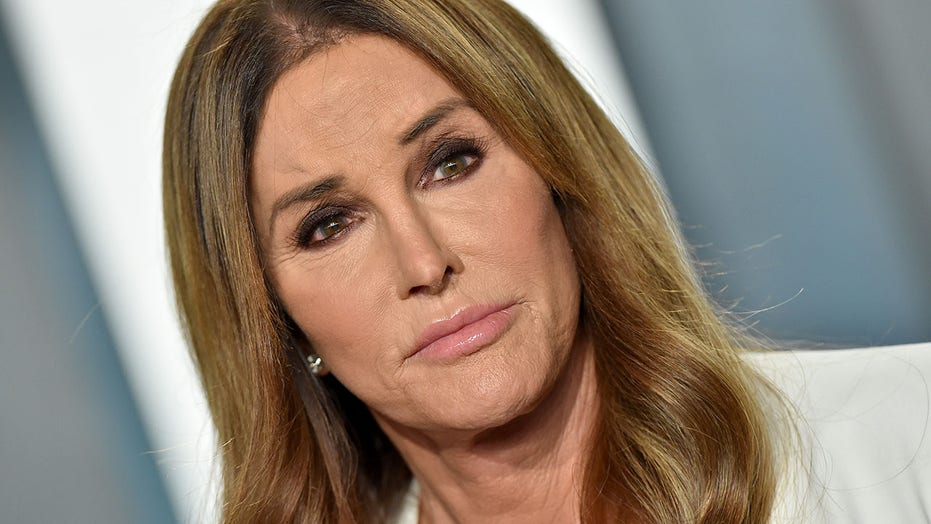 Caitlyn Jenner rejected by transgender community: 'The figurehead we don't want'
