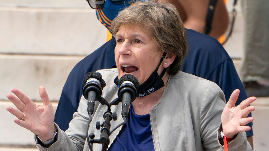Randi Weingarten 'incredibly disappointed' NYC Dem frontrunners for mayor embracing school choice