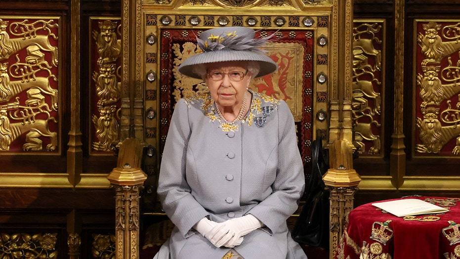 Queen Elizabeth makes first public appearance since Prince Philip's funeral to open Parliament