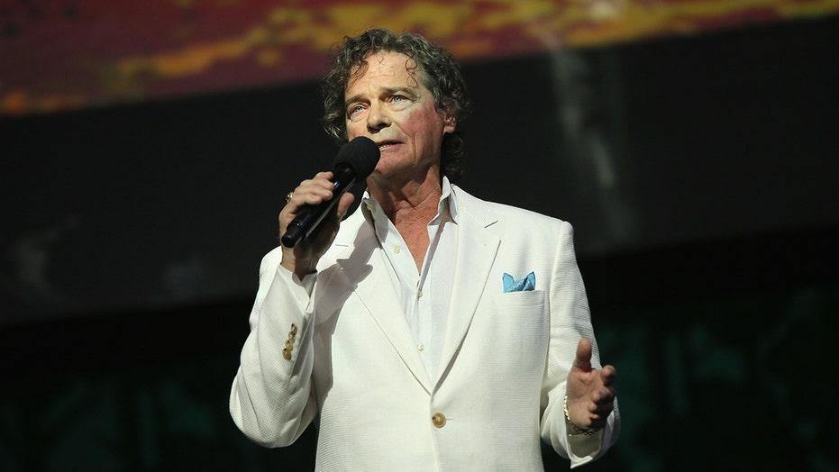 'Hooked on a Feeling' singer B.J. Thomas muere en 78