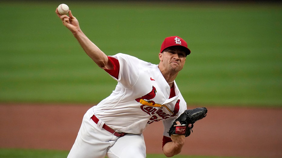 Flaherty earns ML leading 8th win as Cards beat Pirates 8-5