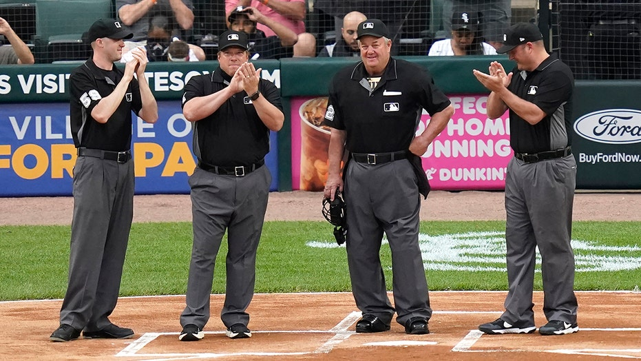 Joe West breaks umpiring record with 5,376th game