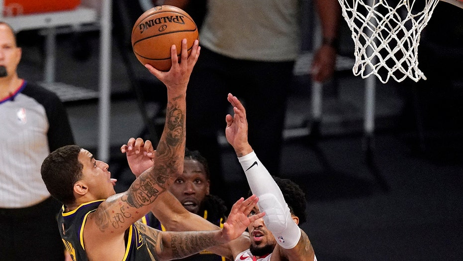 Kuzma's late basket gives Lakers 3rd straight win