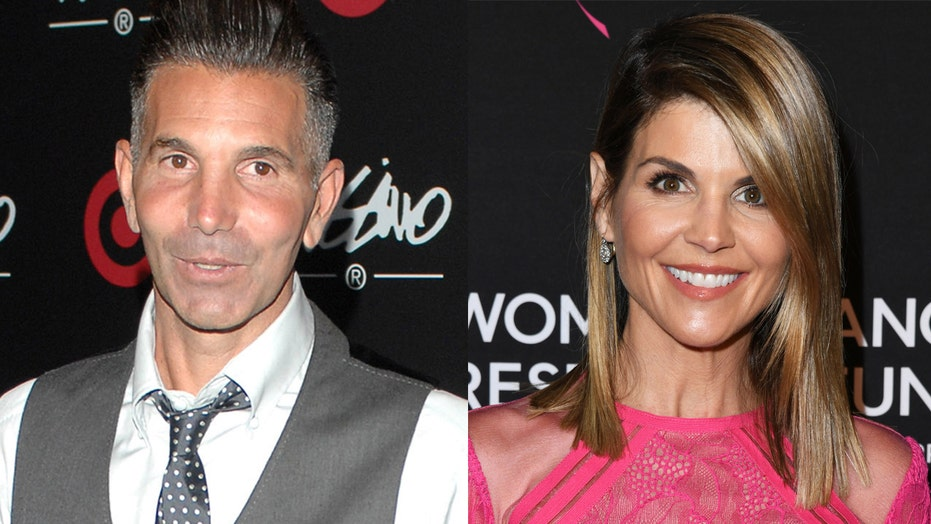 Judge grants Lori Loughlin, Mossimo Giannulli permission for Mexico family vacation following prison releases
