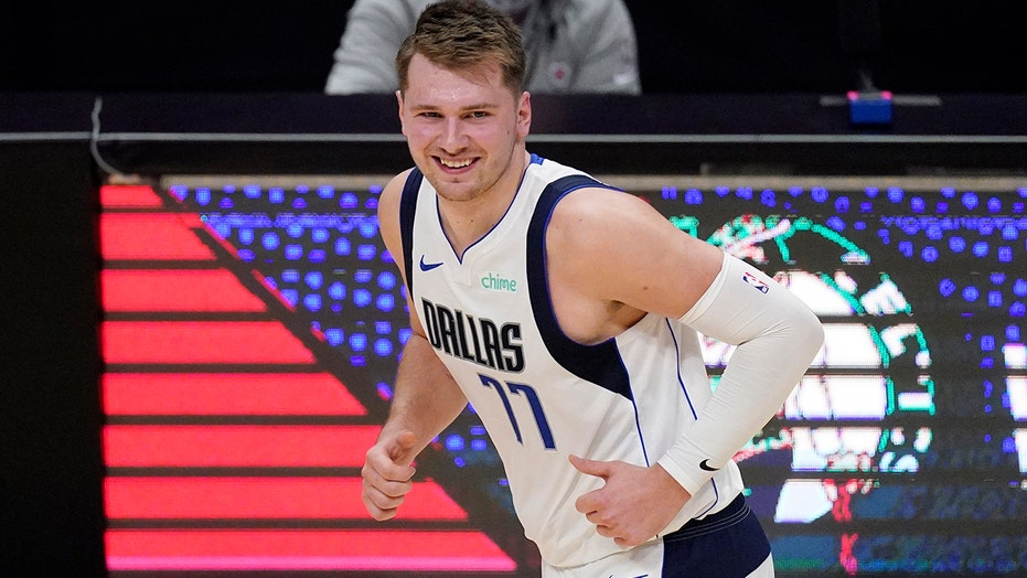 Doncic has 31 points, Mavs beat Clippers 113-102 in Game 1