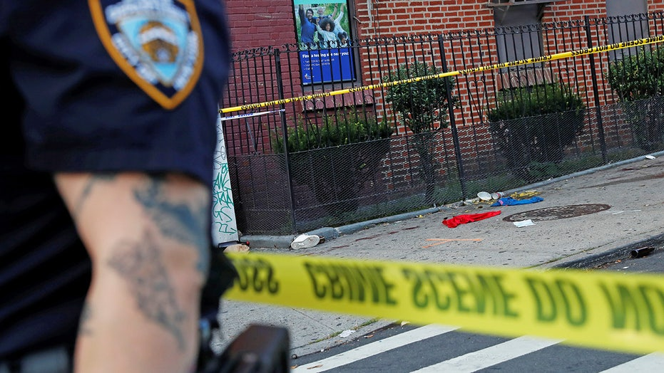 NYC launching program to pay young criminal offenders $1k per month for participation, good behavior: reports