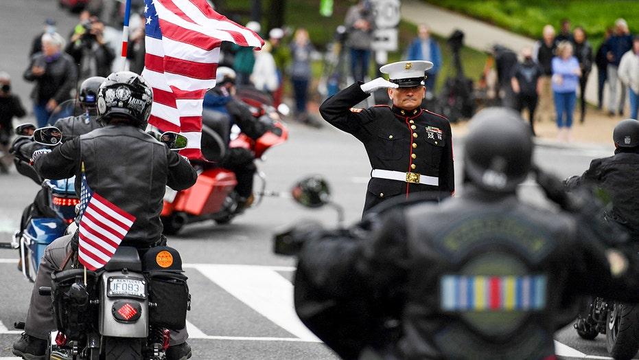 Rolling to Remember honra a los veteranos, tropas caídas después del desaire del Pentágono