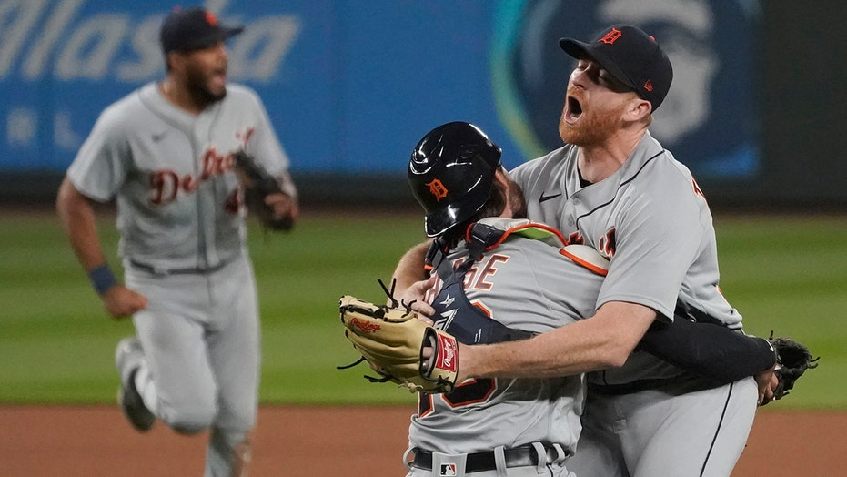 Tigers' Spencer Turnbull throws MLB's latest no-hitter against Mariners