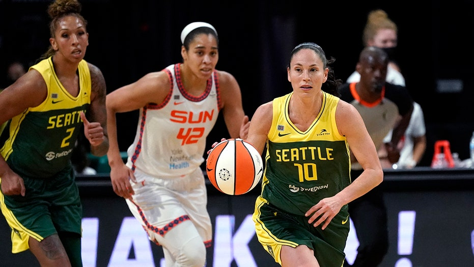 Bird, Storm use run in OT to hand Sun their first loss