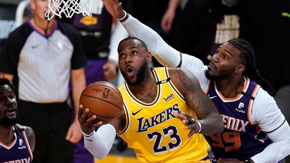 LeBron James avoiding discipline for attending event befuddles team officials: report