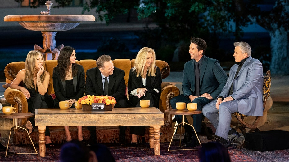 The shocking injury that 'Friends' kept secret finally revealed