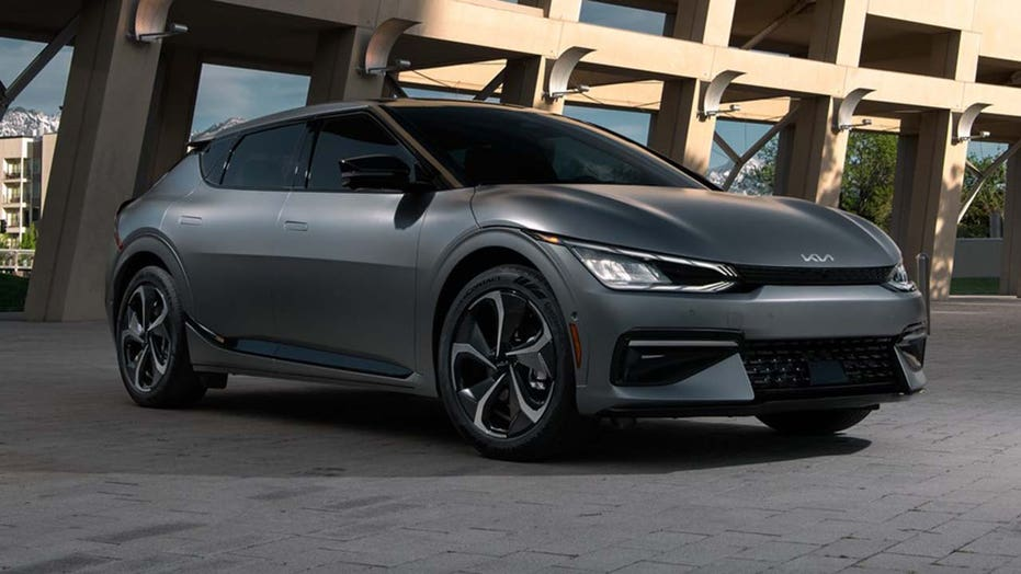 The 2022 Kia EV6 aims to challenge the Tesla Model Y and Ford Mustang Mach-E