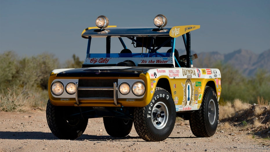 An old Ford Bronco just sold for $1.87 million — here's why