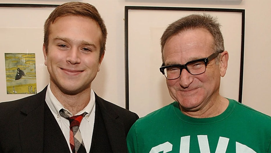 Robin Williams' son, Zak, honors his father on anniversary of actor's death: 'Love you forever'