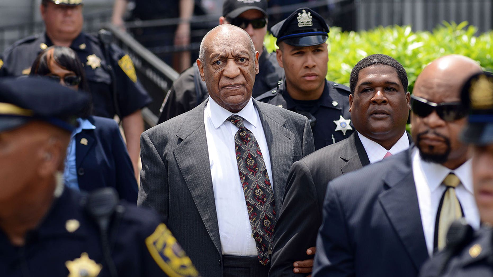 Bruce Castor explains 2004 'decision' not to prosecute Bill Cosby on sexual assault charges
