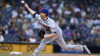 Mets' Jacob deGrom lowers ERA to 0.62 after near-perfect performance vs. Padres