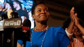 AOC-backed Buffalo mayoral candidate trails write-in rival by 17 points: poll