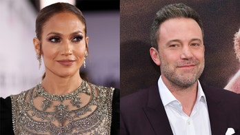 Jennifer Lopez, Ben Affleck caught kissing again during Italian lovefest