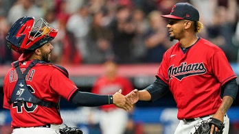 Indians shake off Bieber injury; O's 16th straight road loss