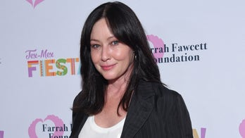 Shannen Doherty posts makeup-free photo as actress shares she's over Hollywood's beauty standards
