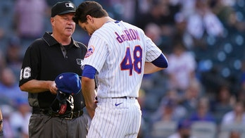 Mets' Jacob deGrom caught on camera wrestling teammate, fans react: 'What are we doing?'