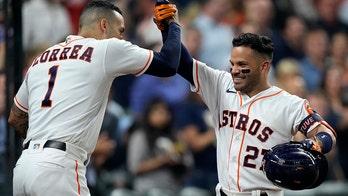 Altuve homers again, Astros beat White Sox 10-2
