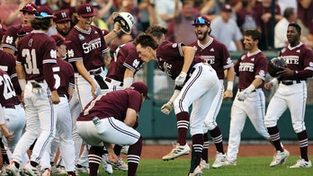 Mississippi St shuts down Vandy again for 1st national title