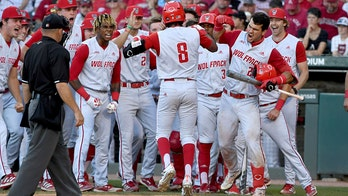 NC St, Texas, Tennessee, Arizona lock up CWS bids; Hogs out