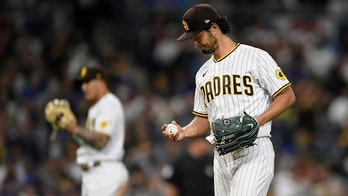 Darvish fans 11, Padres get 2 big homers to beat Dodgers 6-2