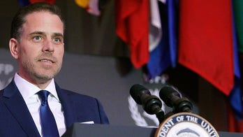 Obama ethics chief: Hunter Biden selling art at 'obviously inflated prices' to mystery buyers feels 'grifty'