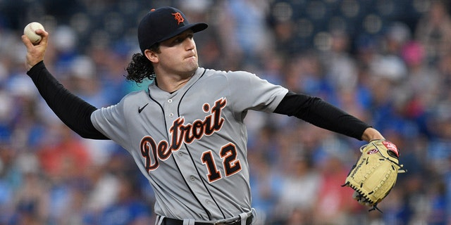 Detroit Tigers starting pitcher Casey Mize throws to a Kansas City Royals batter during the fifth inning of a baseball game in Kansas City, Mo., Tuesday, June 15, 2021. (AP Photo/Reed Hoffmann)