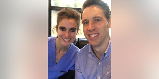 Sen. Josh Hawley and Dr. Lesley Hawley (Credit: Sen. Hawley's office)