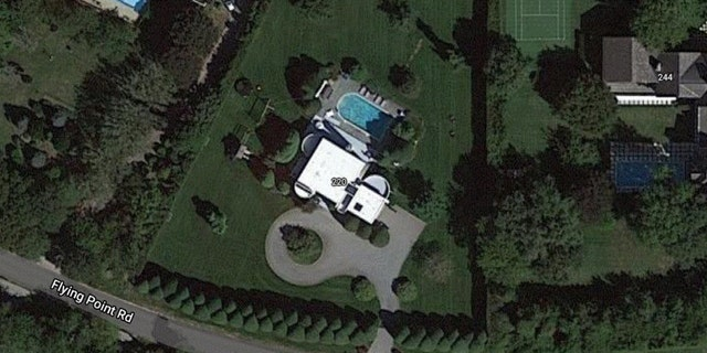 220 Flying Point Rd (Credit: Google Maps)