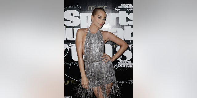 Jasmine Sanders is expected to appear in this year's SI Swimsuit issue, which will drop this summer.