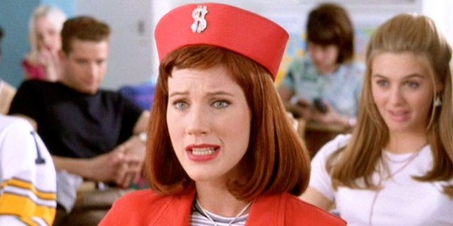 'Clueless' star Elisa Donovan on battling an eating disorder before fame: 'Everything was going to fall apart'.jpg