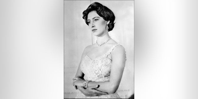 Princess Margaret, Queen Elisabeth's sister, during her 26th birthday.