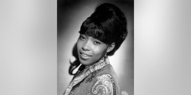 Country singer Linda Martell poses for a portrait circa 1969 a Nashville, Tenn. The first Black woman to play the Grand Ole Opry, Martell was honored with the CMT Equal Play Award at Wednesday night's CMT Music Awards. (Foto di Michael Ochs Archives / Getty Images)