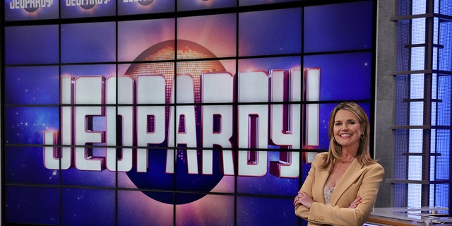 Savannah Guthrie guest hosted a controversial episode of 'Jeopardy!'