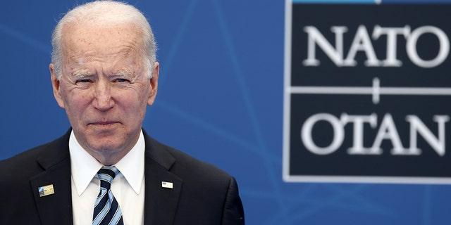 我ら. President Joe Biden arrives for a NATO summit at NATO headquarters in Brussels, 月曜, 六月 14, 2021. (Kenzo Tribouillard, Pool via AP)