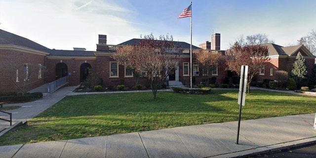 Maugham Elementary Schoolin Tenafly, New Jersey