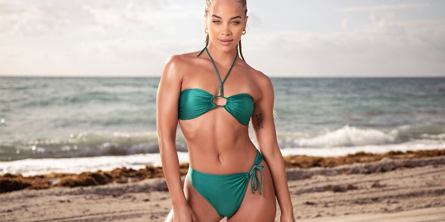 Jasmine Sanders is teaming up with the Tone It Up app to launch her workout program 'The Best by Jasmine Sanders.'