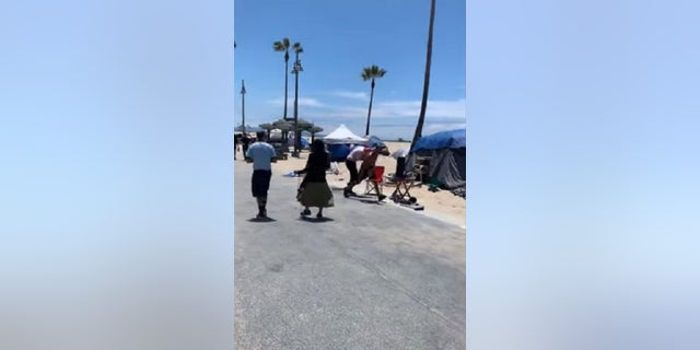 A man was assaulted in Venice Beach over the weekend. A homeless man who lives in the area has been area, the Los Angeles Police Department said.
