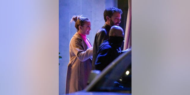 Ben Affleck and Jennifer Lopez were spotted hitting the town this week for an evening dinner date in Los Angeles.