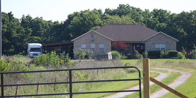 A passerby tells Fox News Duggar's temporary home is 'indeed desolate.'