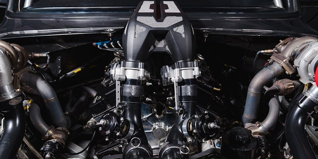 The Hoonicorn is powered by the 3.5-liter turbocharged V6 from a Ford GT Le Mans racer.