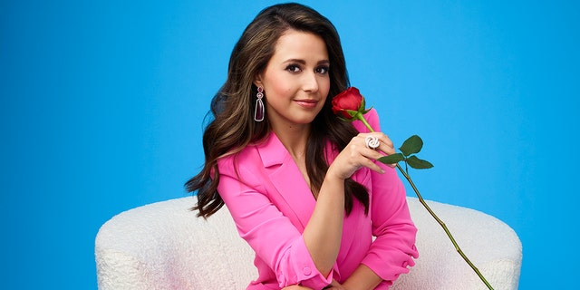Stagione 17 of 'The Bachelorette' is the first that will not show Chris Harrison as host.