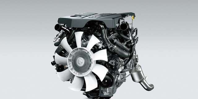 The engine cover on the new Land Cruiser's V6 looks a lot like the iForce Max's.