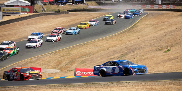 NASCAR: Kyle Larson wins Sonoma for second-straight victory