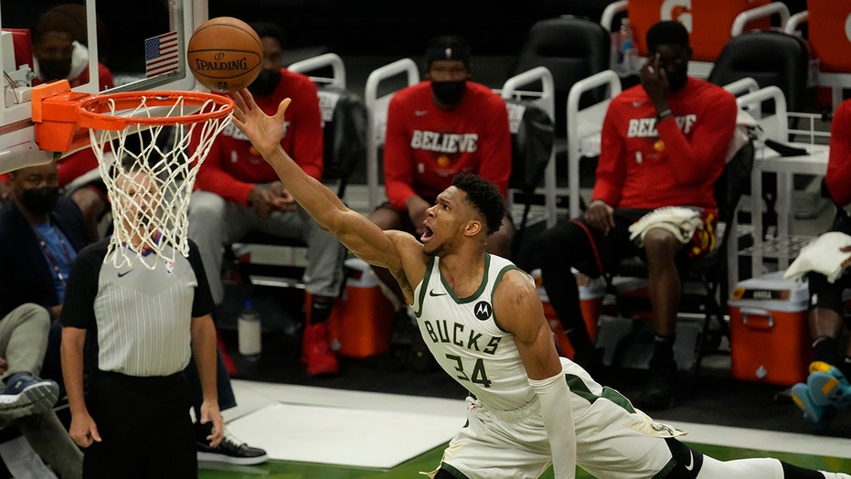 Bucks trounce Hawks 125-91 to tie East finals at 1-1